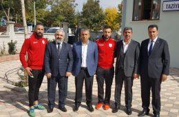 Eski Futbolcularımız Göksu Türkdoğan ve Çağrı Ortakaya'dan Başkanımız Sedat Karataş'a Taziye Ziyareti