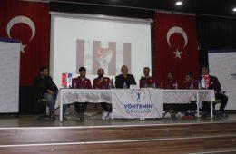 Teknik Direktörümüz Levent Eriş ve Futbolcularımız Panele Katıldı